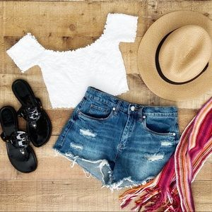 ⭐️Adorable Smocked White Crop Top